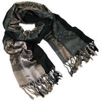 Classic warm scarf - grey and black