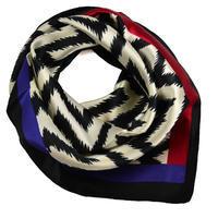 Small neckerchief 63sk006-03 - black and white