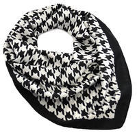 Square scarf - black and white