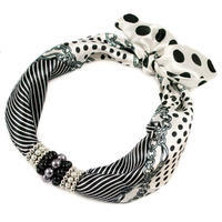 Jewelry scarf Stewardess - black and white