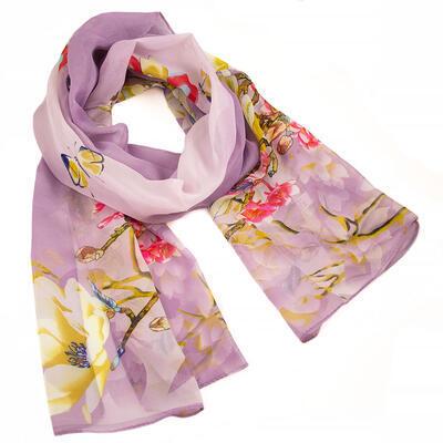 Classic women's scarf - light violet