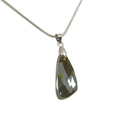 Rivoli Light Sapphire pendant made with SWAROVSKI ELEMENTS