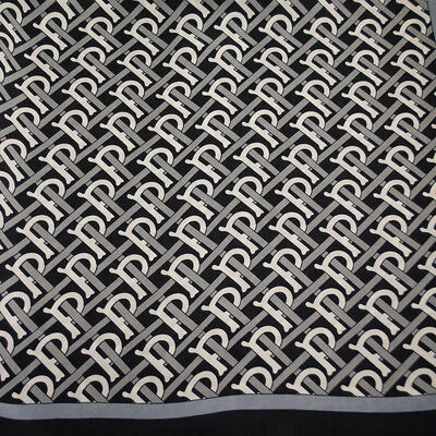 Square scarf- black and white - 2