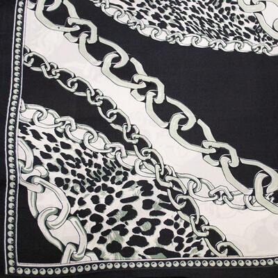 Small neckerchief - black and white - 2