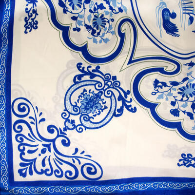 Small neckerchief - white and blue - 2